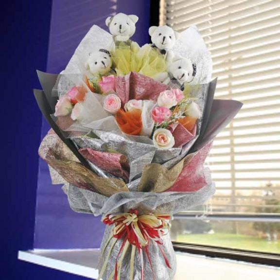 2 Mini Couple Bear With Artificial Roses Bouquet